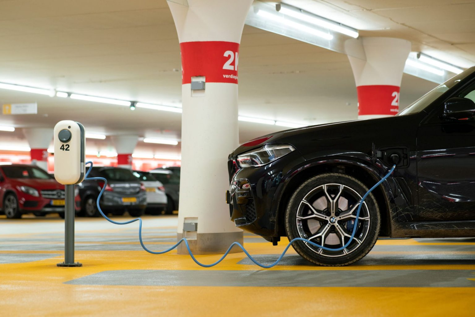 microngroup-electric-car-charging-EVC