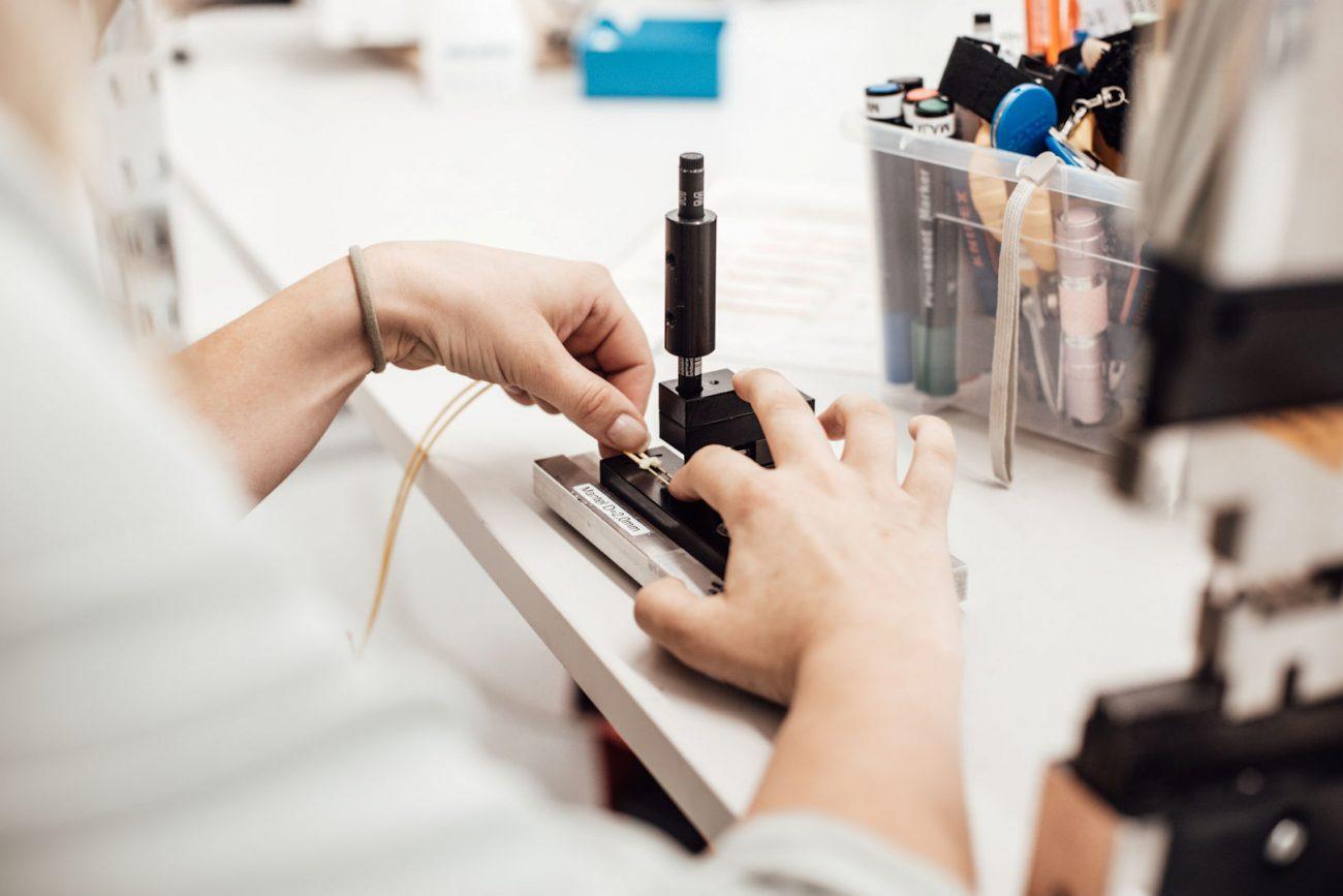 terminating fibre optic cables fusion splicing