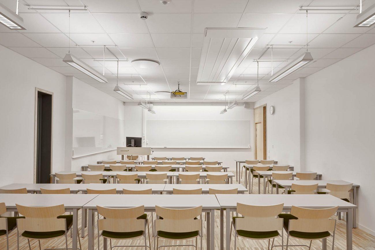 lighting-maintenance-globe-repairs-education-facility